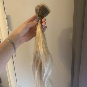 "20 pieces of 18"" tape in hair extensions"